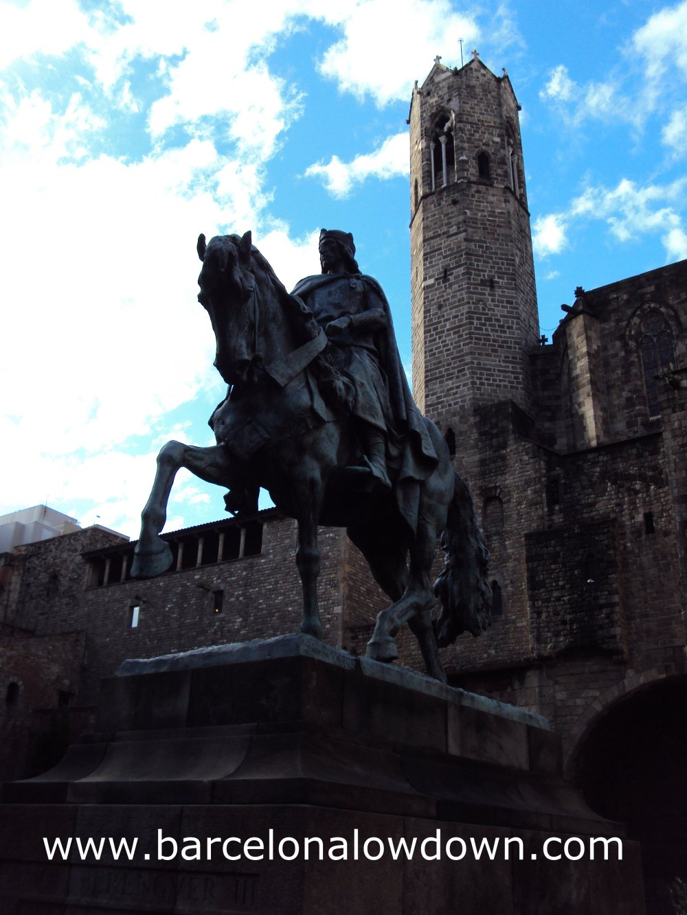Statue of Ramon Berenguer III on horseback. Via Laietana Barcelona