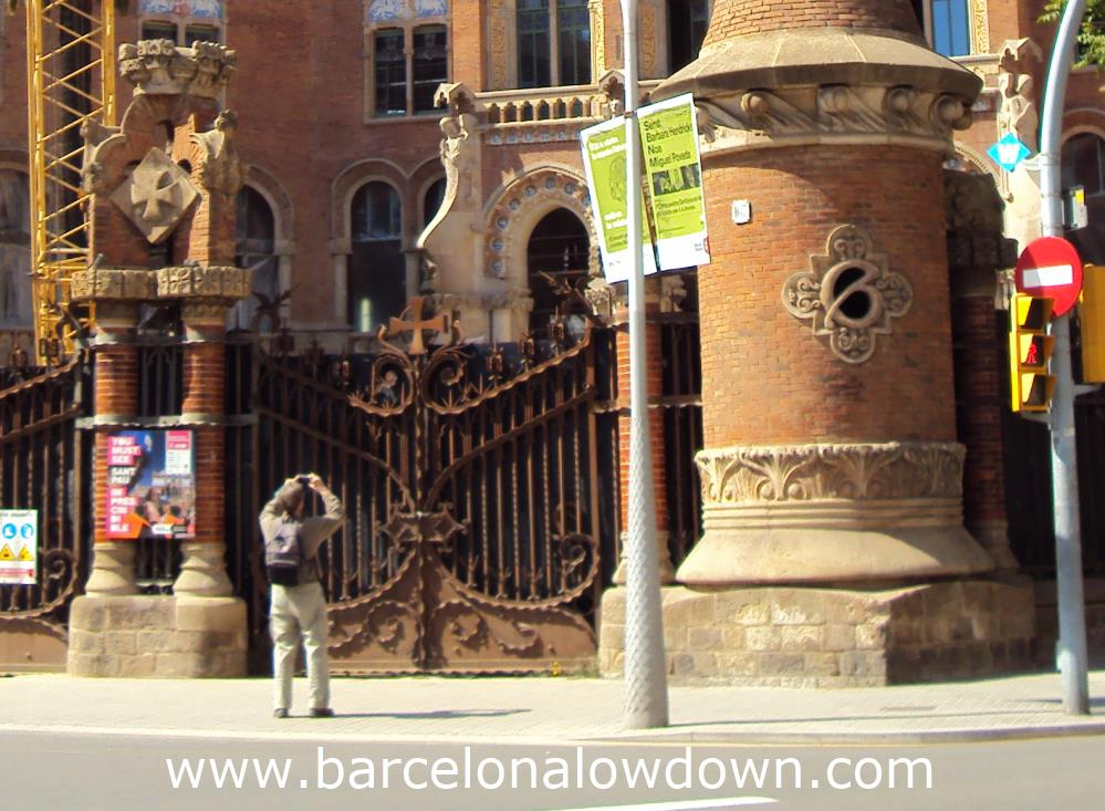 The only way to visit the Hospital de Sant Pau is by taking one of the official tours