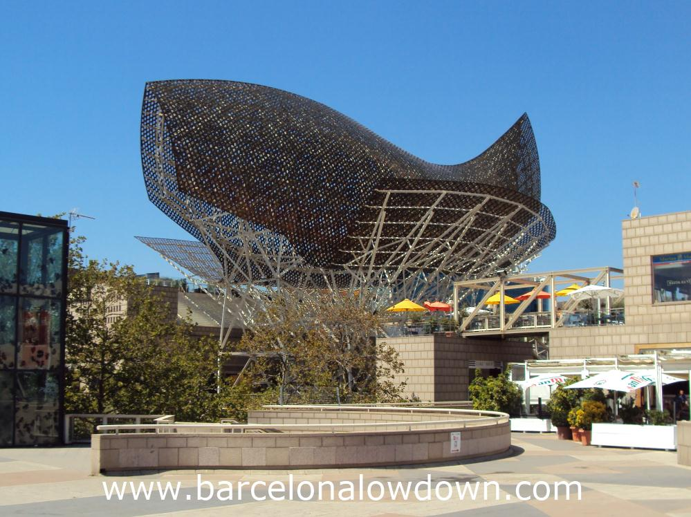 The giant fish sculpture which was designed by Frank Gehryy for the 1992 Barcelona Olympics
