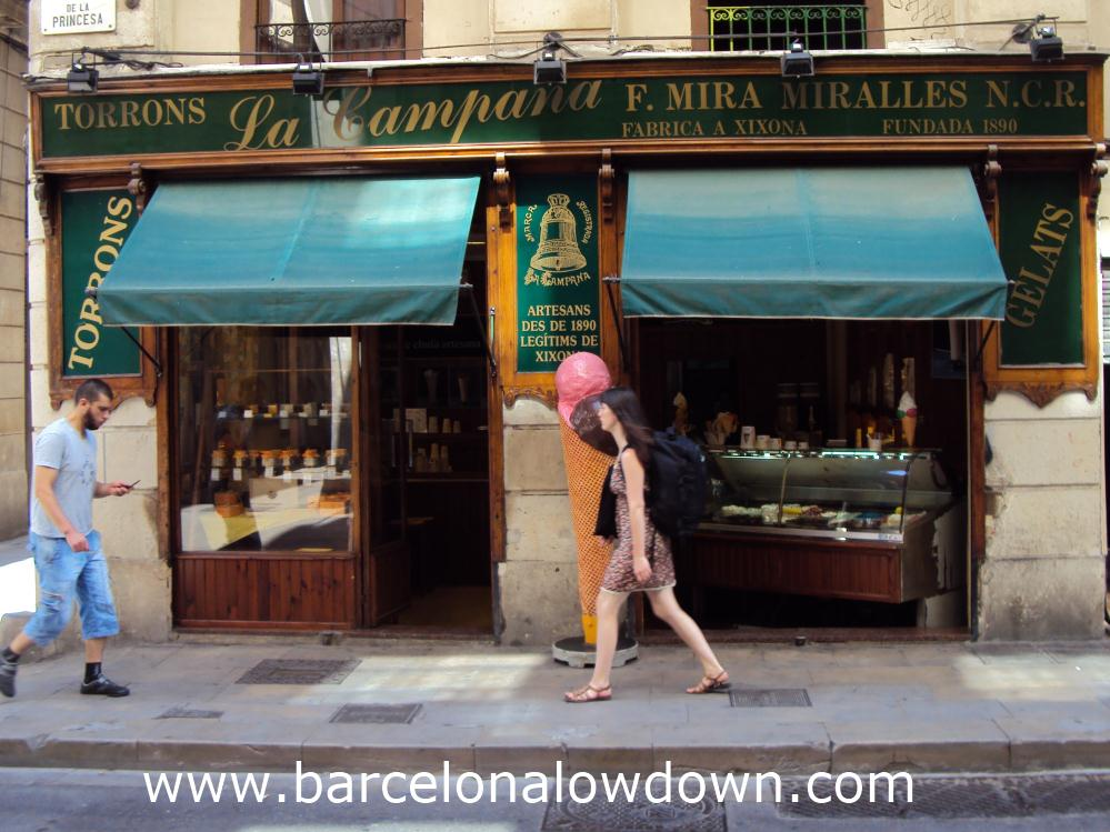 The front of the La Campana ice cream parlour on Carrer de la Princesa Barcelona