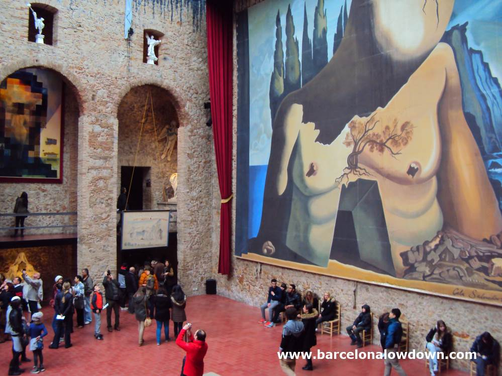 The first stop on the Dalinian triangle is the Dalí Theatre Museum Figueres