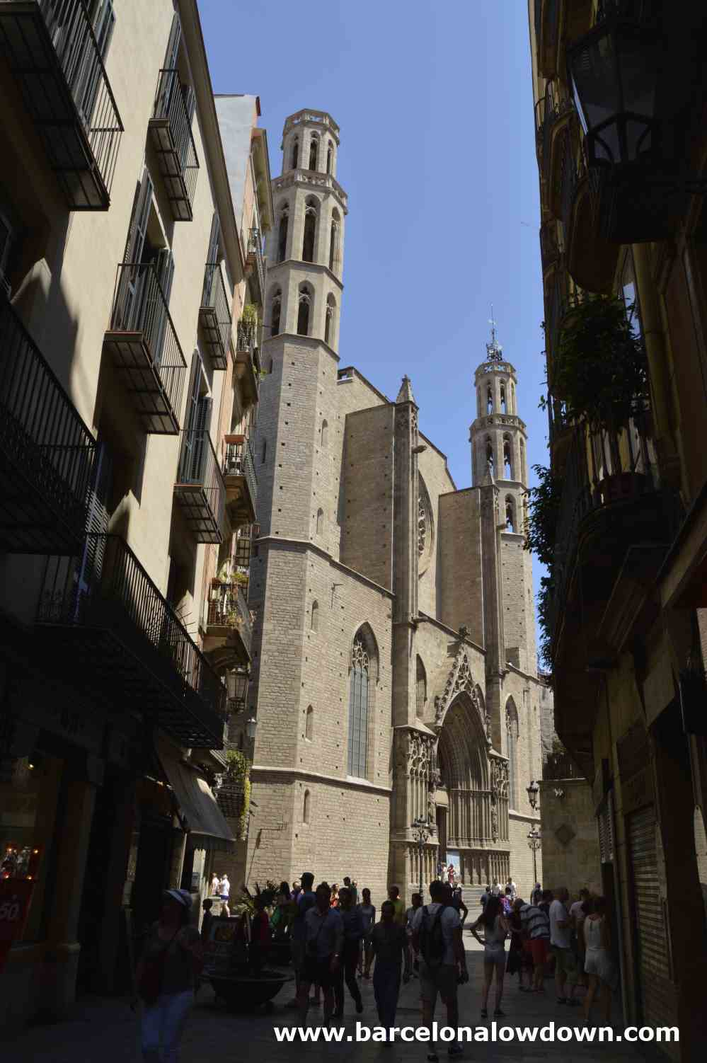 The main entrance to the Cathedral of the sea Barcelona