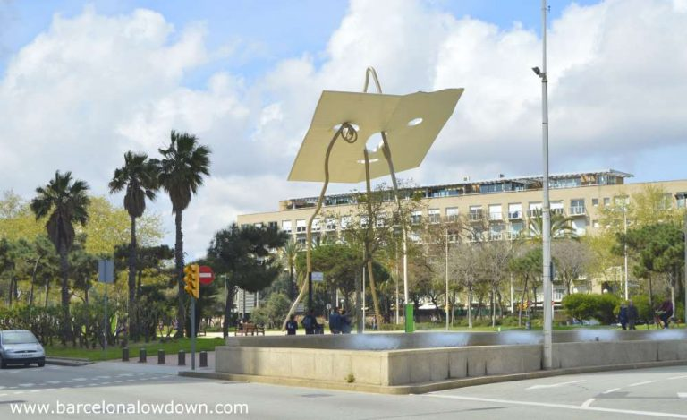 Giant stainless steel statue of David and Goliath near Barcelona seafront