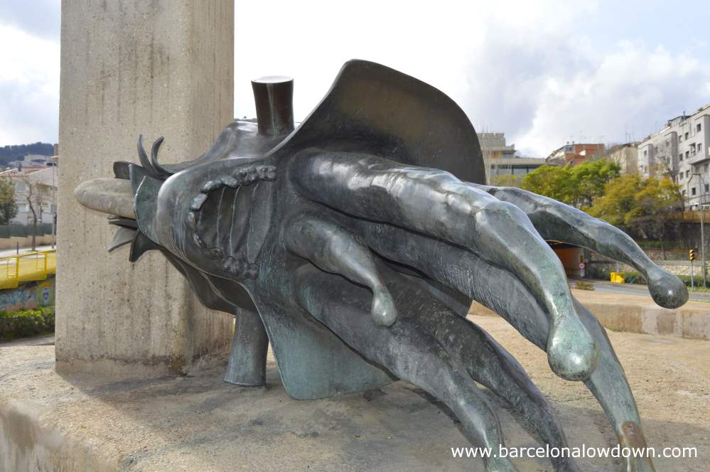 Graphic depiction of the giant Goliath severed head. Part of a bronze statue by Roy Schifrin in Barcelona