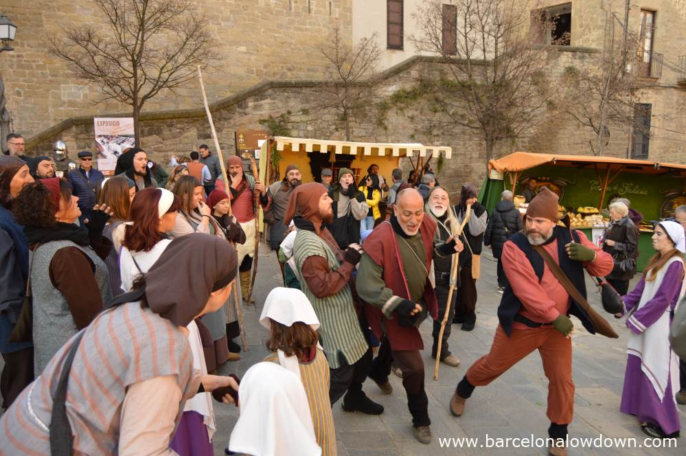 Street performers at Manresa medieval fair