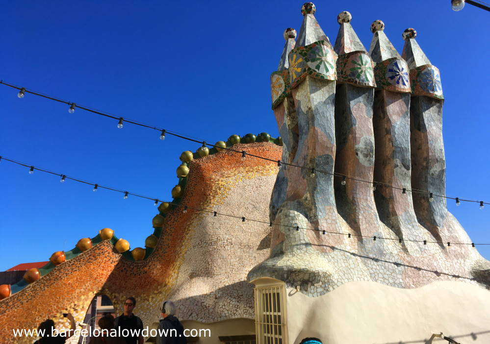 The undulating rooftop and chimneys of Casa Batllo whic inspired the house where Fat Freddy met Pablo Pegasso in Idiots Abroad