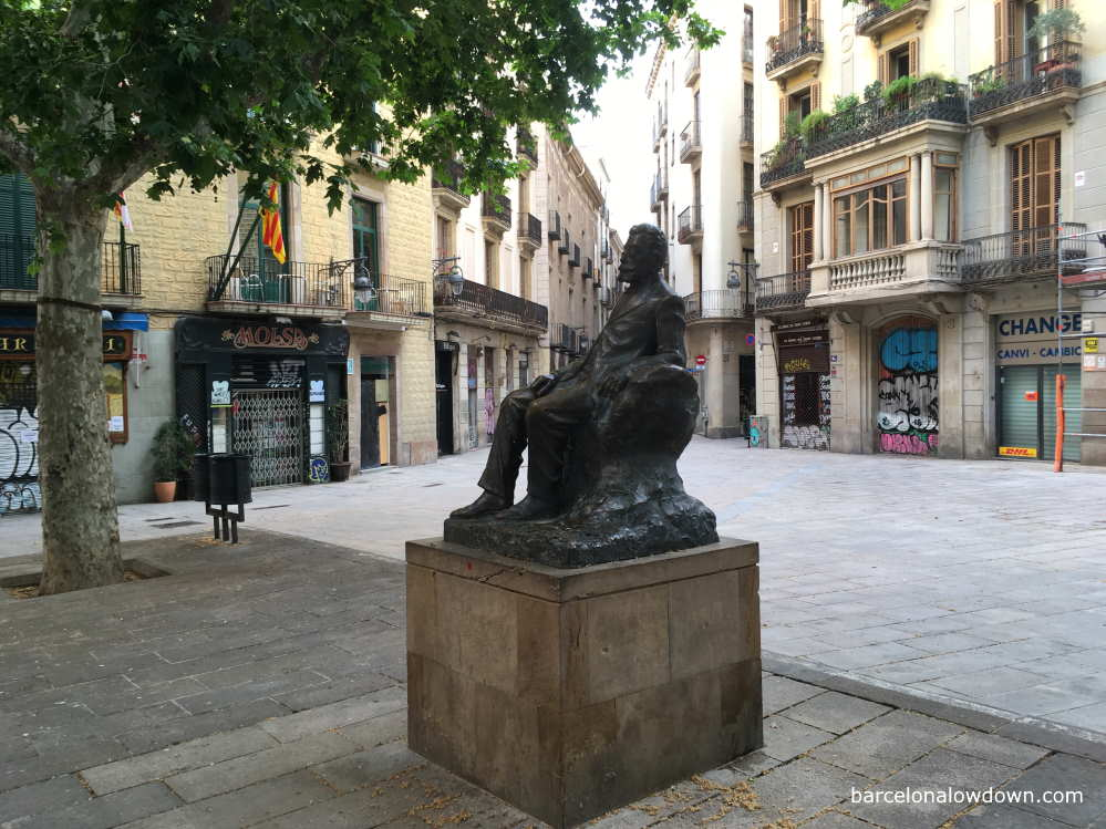 Statue of Angel Guimera in Saint Josep Oriol Square